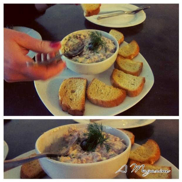 ტუნა სალათი და გახუხული პური